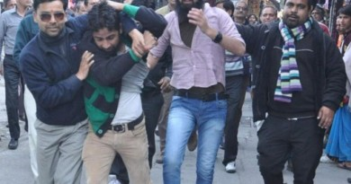 File pic: Kashmiri students beaten by Hindu extremists in India